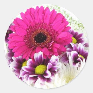 ピンクおよび紫色の花の花束 ラウンドシール