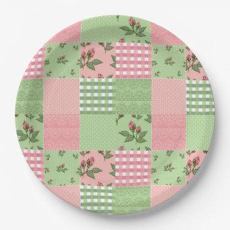 ピンクおよび緑のパッチワークキルトパターン ペーパープレート