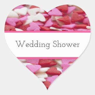 ピンクおよび赤いキャンデーのハートのウェディングシャワー ハートシール