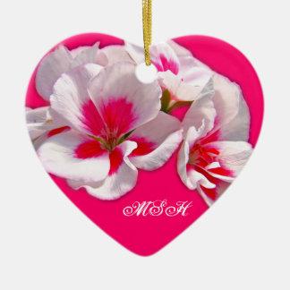 ピンクおよび赤いゼラニウムの花柄 セラミックオーナメント