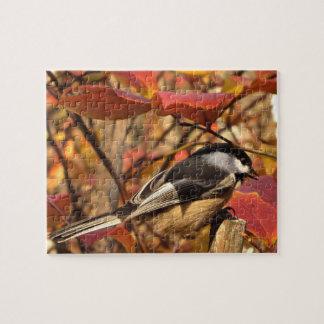 ピンクおよび赤い紅葉の《鳥》アメリカゴガラの鳥 ジグソーパズル