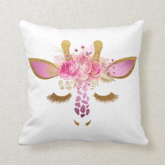 ピンクおよび金ゴールドの睡眠のキリンの枕 クッション
