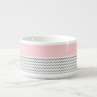ピンクおよび銀製の模造のなグリッターシェブロン チリボウル