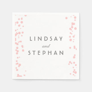 ピンクおよび銀製の紙吹雪は結婚式に点を打ちます スタンダードカクテルナプキン