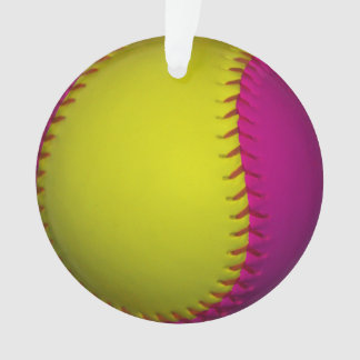 ピンクおよび黄色いソフトボール オーナメント