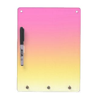 ピンクおよび黄色い日没のグラデーションなホワイトボード ホワイトボード