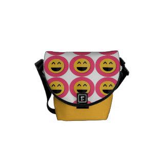 ピンクおよび黄色いEmojiの人力車のメッセンジャーバッグ クーリエバッグ