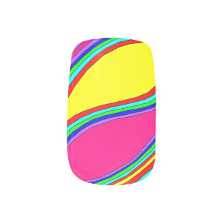 ピンクおよび黄色 ネイルアート