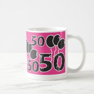 ピンクおよび黒の第50誕生日-古いBday 50 yrsの コーヒーマグカップ