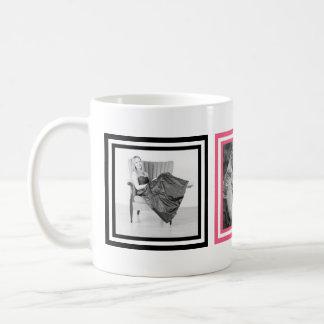 ピンクおよび黒3のInstagramの写真のカッコいい コーヒーマグカップ
