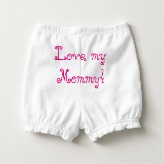"""ピンクで""""かわいらしい女の赤ちゃんのおむつのズボン""""。 おむつカバー"""