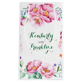 ピンクによっては花束のヴィンテージの結婚が開花します スモールペーパーバッグ