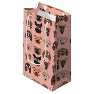 ピンクのかわいい犬 スモールペーパーバッグ