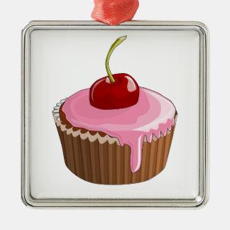 ピンクのつや消しのカップケーキおよび上のさくらんぼ メタルオーナメント