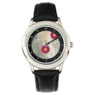 ピンクのアジサイによってはヴィンテージが開花します 腕時計