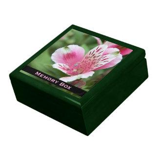 ピンクのアルストロメリア属のタイル箱 ギフトボックス