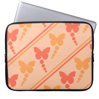 ピンクのオレンジモモの蝶点のストライプのプリント ラップトップスリーブ