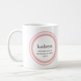 ピンクのカスタムな新婦付添人のバチェロレッテのコーヒー・マグ コーヒーマグカップ