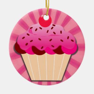 ピンクのカップケーキは振りかけ、 セラミックオーナメント