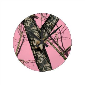 ピンクのカムフラージュ 時計