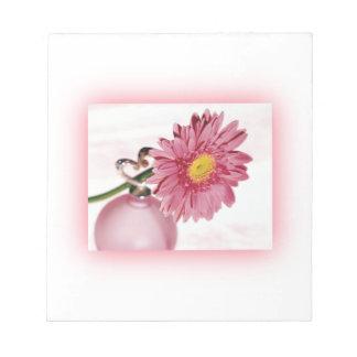 ピンクのガーベラのデイジー ノートパッド