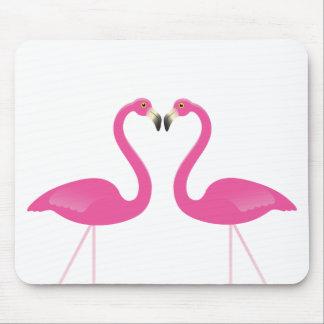 ピンクのキスをするなフラミンゴのマウスパッド マウスパッド