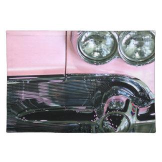 ピンクのクラシックな車 ランチョンマット