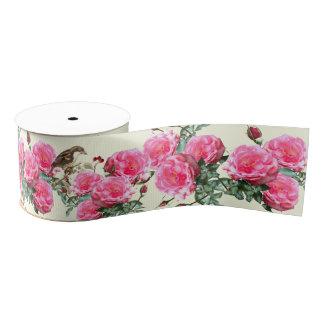 ピンクのクリーム色のバラの鳥の広い植物のリボン グログランリボン