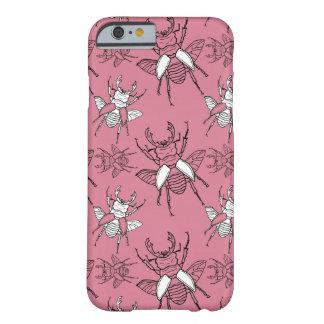 ピンクのクワガタムシパターン BARELY THERE iPhone 6 ケース