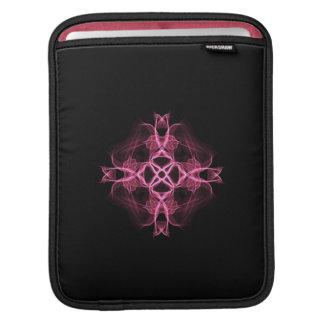 ピンクのケルト十字 iPadスリーブ