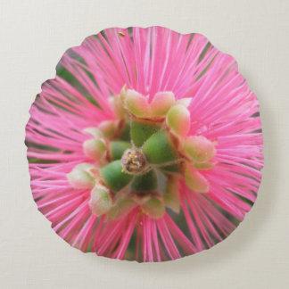 ピンクのゴムの木の花 ラウンドクッション