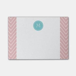 ピンクのシェブロンパターン|ティール(緑がかった色)のモノグラム ポストイット