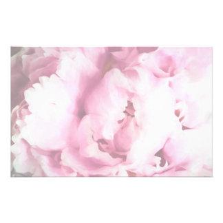 ピンクのシャクヤクの絵画のクローズアップ 便箋