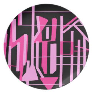 ピンクのストライブ柄およびラインデザイン プレート