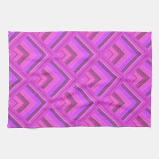 ピンクのストライブ柄のスケールパターン キッチンタオル