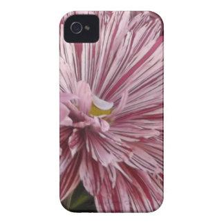 ピンクのストライプのな花 Case-Mate iPhone 4 ケース