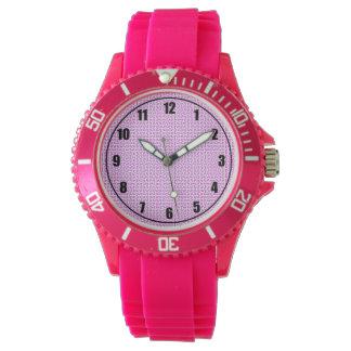 ピンクのスポーティな腕時計 腕時計