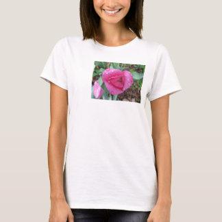 ピンクのチューリップの低下 Tシャツ