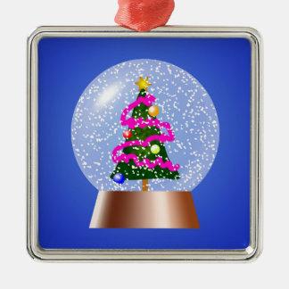 ピンクのチンサルでおおわれているクリスマスツリーSnowglobe メタルオーナメント