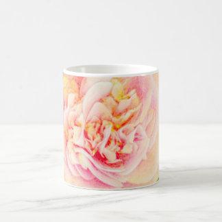 ピンクのツバキの夢 コーヒーマグカップ