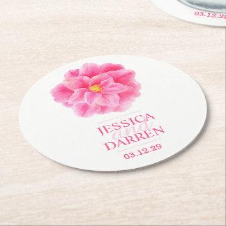 ピンクのツバキの水彩画の結婚式のカスタムのコースター ラウンドペーパーコースター
