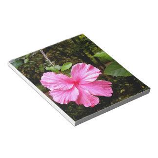 ピンクのハイビスカスのメモ帳 ノートパッド