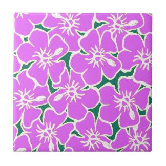 ピンクのハイビスカスの熱帯花のハワイのルアウ(ハワイ式宴会)のパーティー タイル