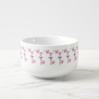 ピンクのハイビスカスを持つバレリーナによってはカスタマイズ可能が開花します スープマグ