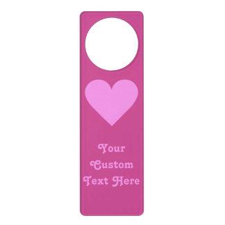 ピンクのハートのバレンタインのカスタムなドア・ハンガー ドアノブプレート