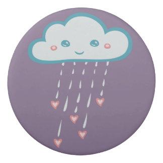 ピンクのハートを雨が降る幸せで青い雨雲 消しゴム