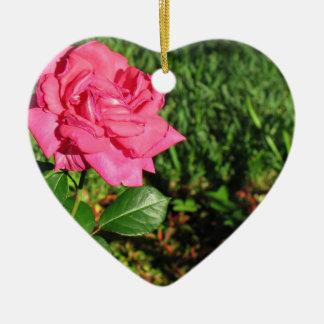 ピンクのバラのオーナメントは、カスタマイズ セラミックオーナメント