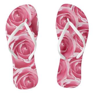 ピンクのバラのデザインのビーチサンダル ビーチサンダル