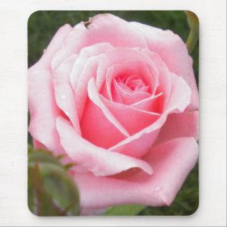 ピンクのバラのマウスパッド マウスパッド
