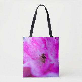 ピンクのバラの花のマクロ抽象芸術のトートバック トートバッグ